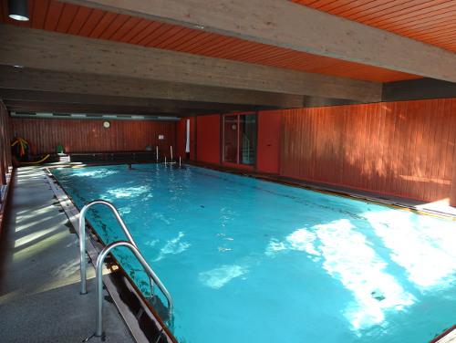 Schwimmbad - Krankenhaus Sanatorium Dr. Barner