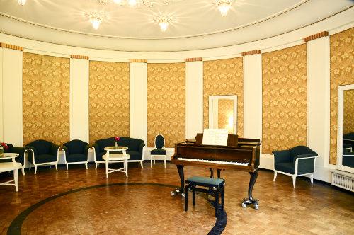 Musiksaal - Krankenhaus Sanatorium Dr. Barner
