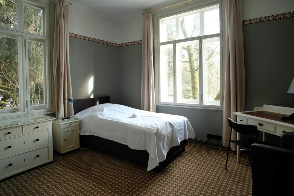 Klinik Dr. Barner - Patientenzimmer in der Villa, jedes Zimmer ist individuell eingerichtet und gestaltet