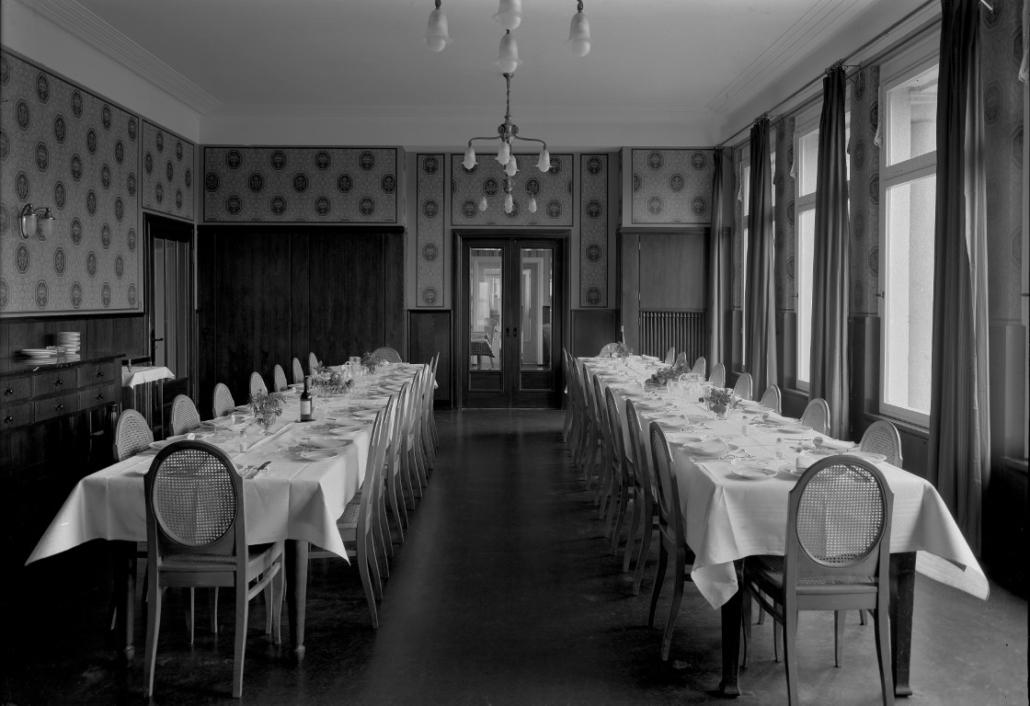 Ehemaliges Sanatorium Dr. Barner - Blauer Speisesaal