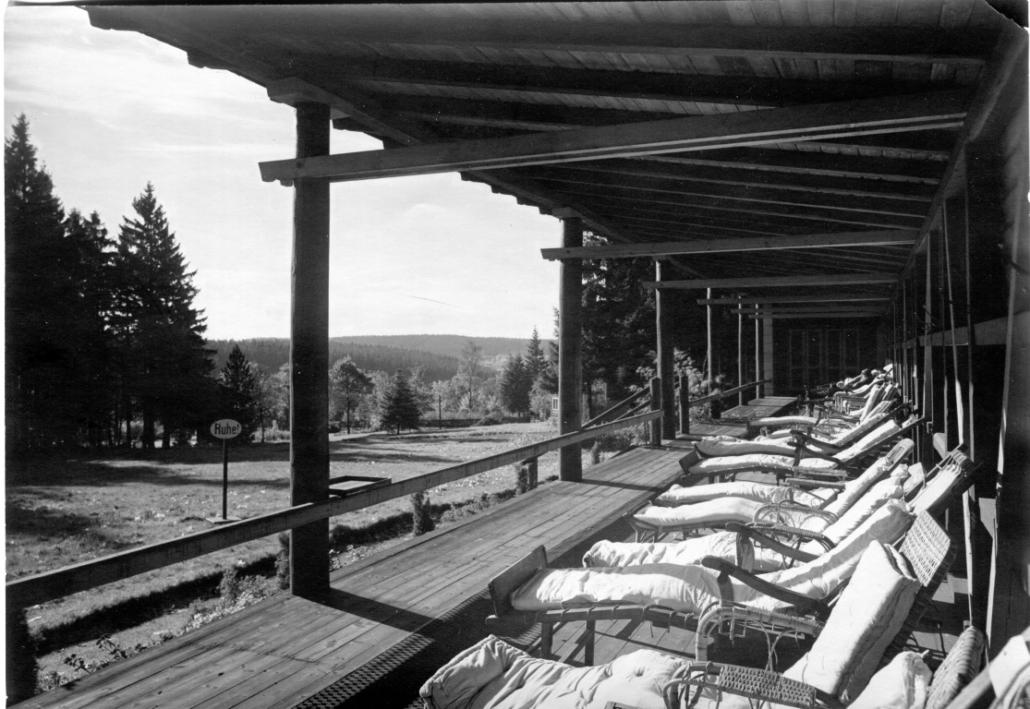 Ehemaliges Sanatorium Dr. Barner - Liegehalle