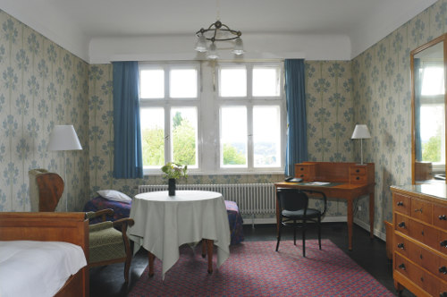 Patientenzimmer - Krankenhaus Sanatorium Dr. Barner